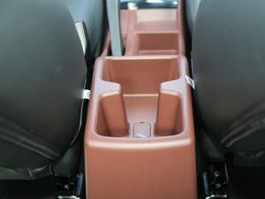 2018款1.5L 手动经典型 空间座椅