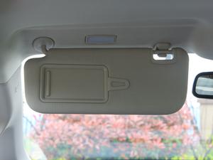 2018款1.5TI 自动智联尊享型 6座 遮阳板