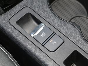 2019款1.5TI 自动智联越动型 驻车制动器