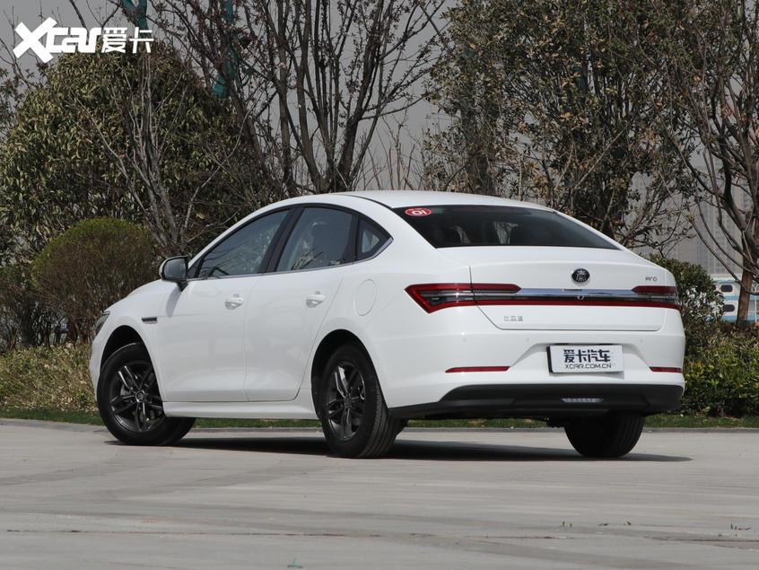 比亚迪汽车2019款秦Pro