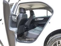 空间座椅秦EV后排空间