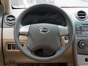 2011款1.5L 手动尚雅版 方向盘
