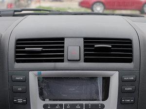 2011款黄金版 1.8L 手动豪华型 空调出风口