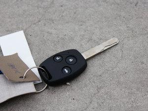 2011款黄金版 2.0L CVT尊享型 钥匙