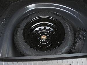 2012款1.5L 手动豪华版 备胎
