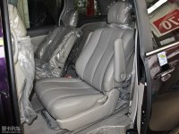 空间座椅比亚迪M6后排座椅