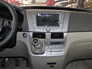 2013款2.4L 手动尊贵版 中控台