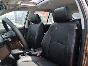 2014款2.4L 自动尊贵版 前排座椅