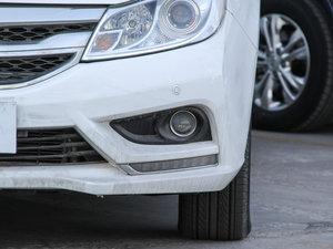 2015款改款 1.5L 手动舒适型 雾灯