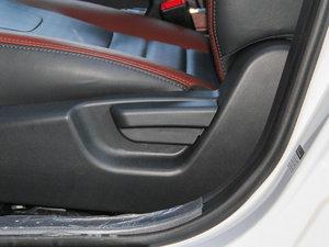 2015款改款 1.5L 手动舒适型 座椅调节