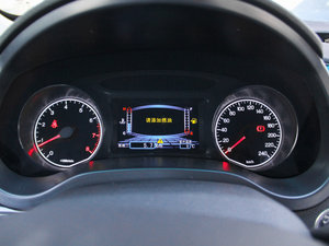 2015款改款 1.5L 手动舒适型 仪表