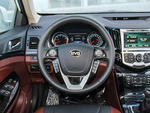 2015款改款 1.5L 手动舒适型 方向盘