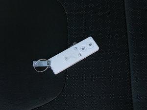 2015款改款 1.5L 手动舒适型 钥匙