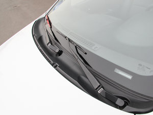 2015款节能版 1.5L 自动舒适型 雨刷