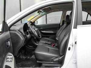 2015款节能版 1.5L 自动舒适型 前排空间