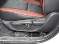空间座椅比亚迪G5座椅调节