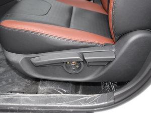2015款1.5TID 自动尊贵型 座椅调节