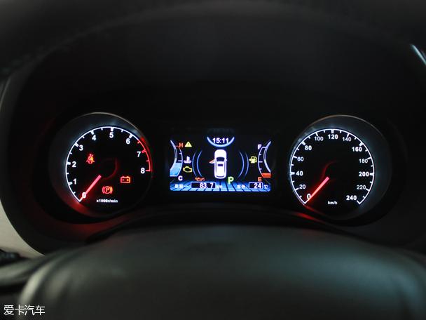 比亚迪汽车2015款宋
