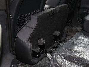 2017款EV300 尊贵型 后排座椅放倒