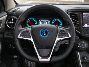 2017款EV300 尊贵型 方向盘
