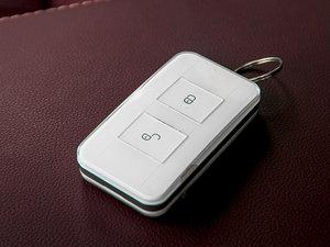 2017款EV300 尊贵型 钥匙