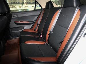 2016款1.5L 手动豪华型 后排座椅