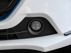 2017款EV300 尊享型 雾灯