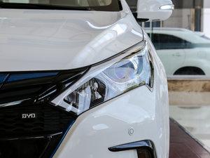 2017款EV300 尊享型 头灯