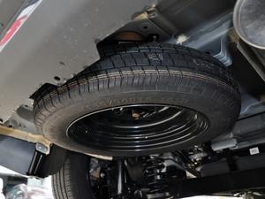 2017款1.5TI 自动智联精英型 备胎