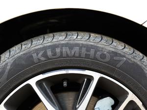 2017款1.5TI 自动智联尊贵型 轮胎品牌