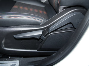 2017款盖世升级版 1.5L 自动酷炫时尚型 座椅调节