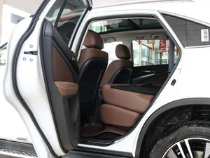 2017款2.0T 四驱豪雅型 后排座椅放倒