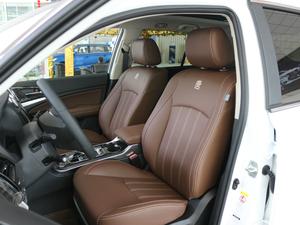 2017款2.0T 四驱豪雅型 前排座椅