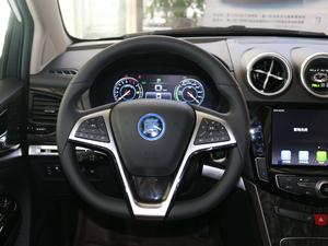 2017款2.0T 四驱豪雅型 方向盘