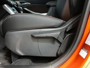 2018款1.5TID 自动智联尊荣型 座椅调节