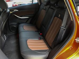 2018款1.5TID 自动智联尊荣型 后排座椅