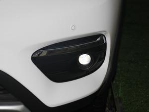 2018款1.5TID 全时四驱尊荣型 雾灯