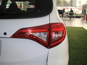 2018款1.5TID 全时四驱尊荣型 尾灯