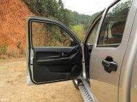空间座椅骐铃T7驾驶位车门