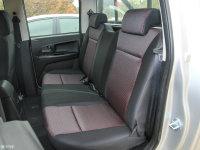 空间座椅骐铃T7后排座椅