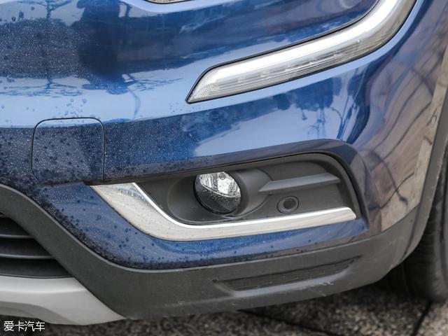 东风雷诺科雷傲 2.5L 四驱 至尊版及以上车型配备前驻车雷达.-东风雷高清图片