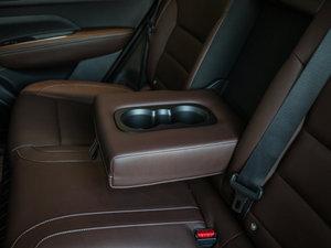 2017款2.5L 四驱至尊版 后排中央扶手