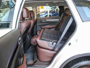2017款2.5L 四驱至尊版 后排座椅放倒