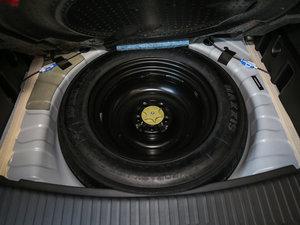 2017款2.5L 四驱至尊版 备胎