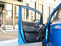 空间座椅全球鹰EX3驾驶位车门