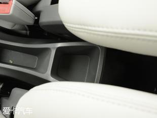 知豆电动车2018款知豆D3