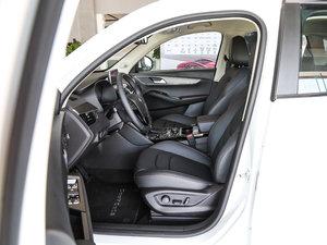 2017款20TGDI 自动两驱先锋型 前排空间