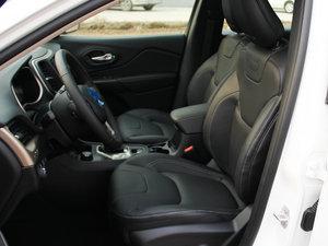 2016款2.4L 优越版 前排座椅