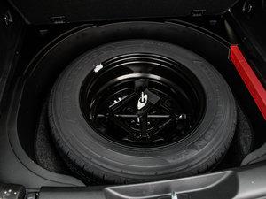 2016款2.4L 优越版 备胎