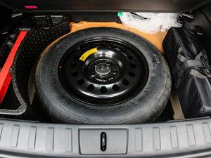2017款180TS 自动四驱越能敞篷版 备胎